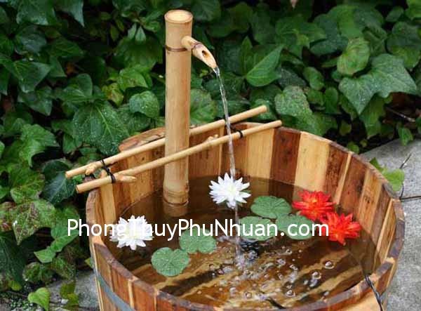 dai phun nuoc trang tri Đặt cấu trúc nước hướng Tây Nam