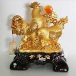 g004a gia dinh ga mat trang 150x150 Gia đình gà vàng bên cây tiền G004A