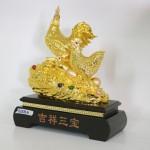 g008a gia dinh ga cat tuong tam bao 2 150x150 Gia đình gà trên tảng đá vàng G008A