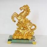 g107a ngua nen vang 150x150 Ngựa vàng kim bảo đế thủy tinh G107A
