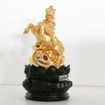 g110a ngua vang 1 150x150 Tượng ngựa vàng trên đế gỗ tròn G110A