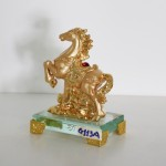 g113a ngua vang nho 1 150x150 Ngựa vàng trên mây vàng G113A