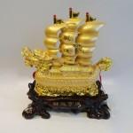 C186A thuyen rong 150x150 Thuyền buồm rồng vàng trên sóng vàng C186A