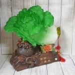 ln067 bap cai khung de tui tien 150x150 Bắp cải xanh khủng cuốn lưu ly trên đế gỗ túi tiền LN067