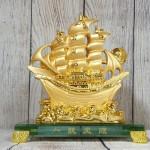 ln145 thuyen buom vang 2 150x150 Thuyền vàng căng buồm lướt sóng LN145