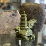GM029 long qui cong thap 2 150x150 Rùa đầu rồng lam ngọc cõng tháp nhỏ GM029